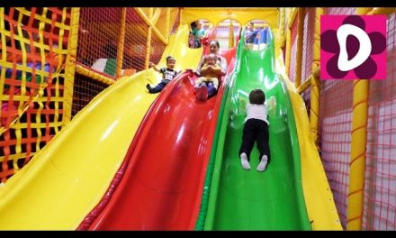 ✿ Indoor Playground Family Fun for Kids Indoor Play Area Playroom with Balls Диана ИГРАЕТ в ИГРОВОЙ