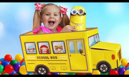 Diana pretend play with new toys for children, Wheels on the Bus song