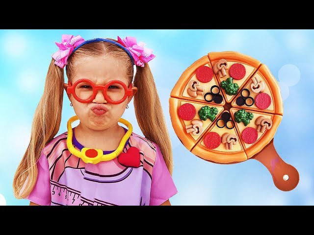 Roma and Diana Pretend Play Cooking with Toy Food and Kitchen Playset!