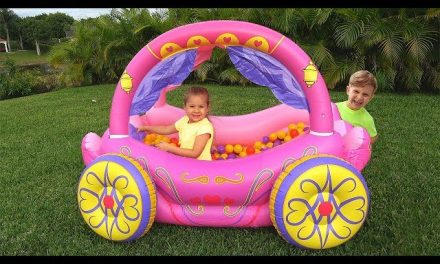 Diana Pretend Play with Princess Carriage Inflatable Toy