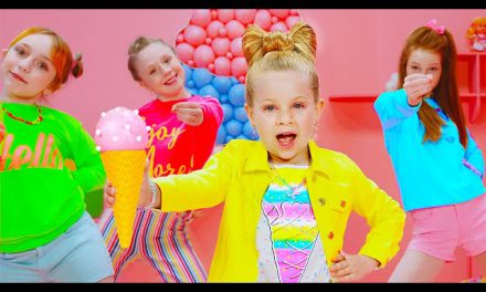 Diana and Roma — CANDY TOWN — kids song