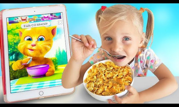 Alice has Breakfast with a talking cat and plays with Eva / new funny stories