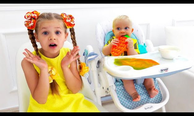 Diana and Roma Play with Baby Oliver   Best videos with little brother